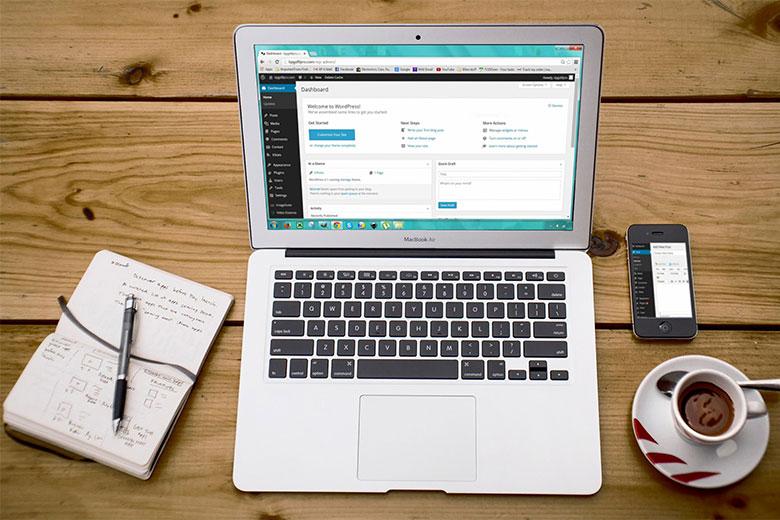 Binóculo Marketing Digital Criação de Sites Design Gráfico Gestão de Redes Sociais - Criação de Sites